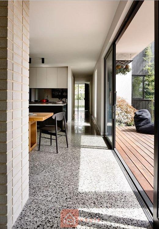 """Tổng hợp những mẫu gạch terrazzo lát nền """"làm mưa làm gió"""" năm 2021"""